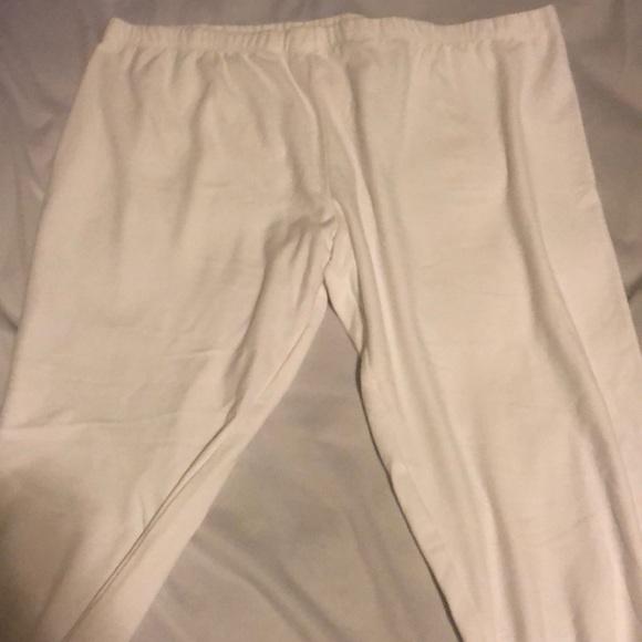 Pants - White Capri sweatpants